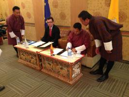 EIB and Bhutan sign a Framework Agreement for capital investments