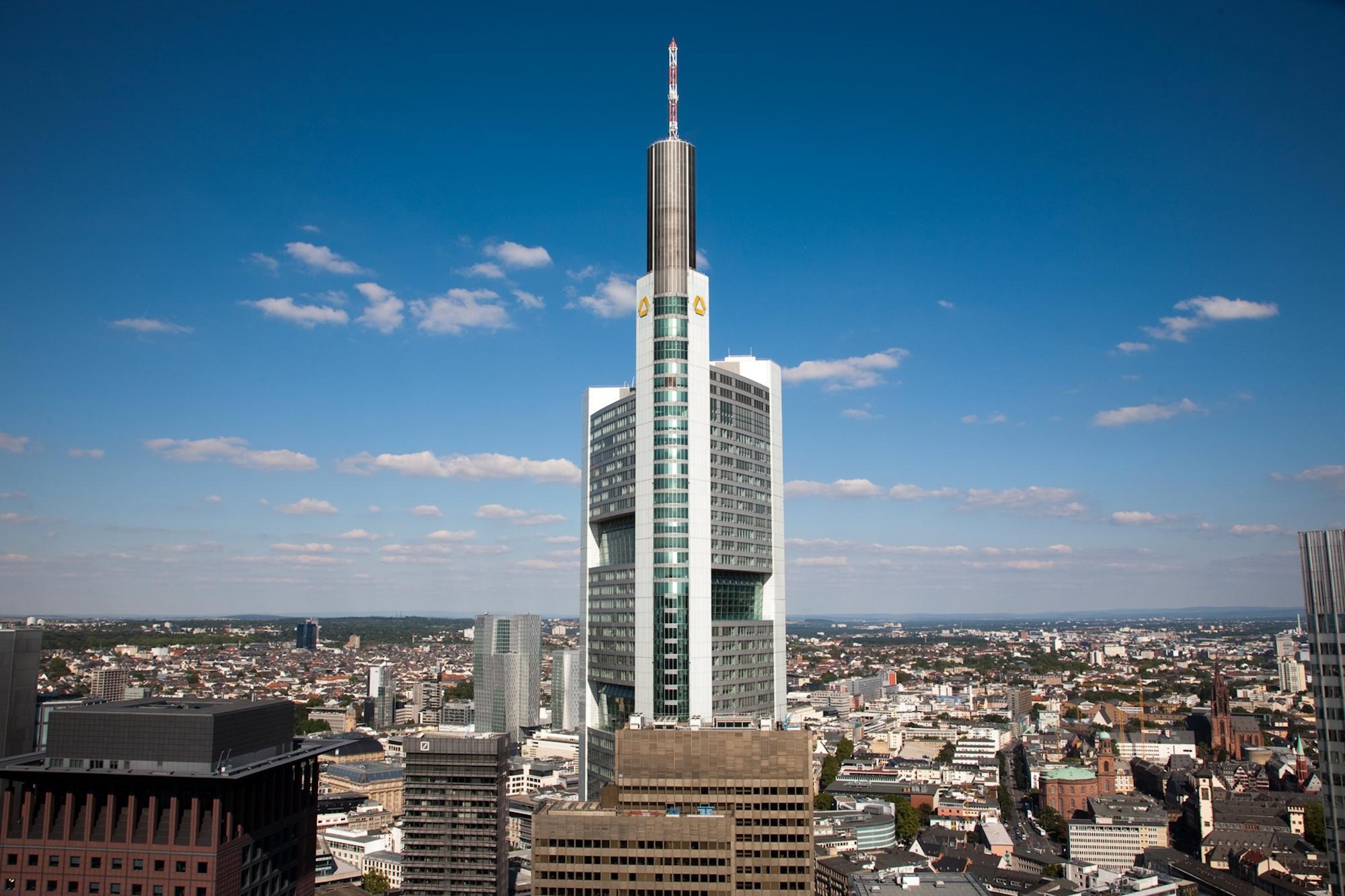 Germany: EIB Group and Commerzbank join forces to support small and mid-sized companies in COVID-crisis